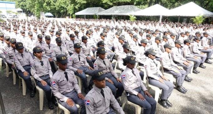 Policía Nacional gradúa a 437 nuevos rasos