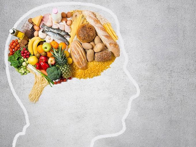 Οι 8 καλύτερες τροφές για το μυαλό και τη μνήμη