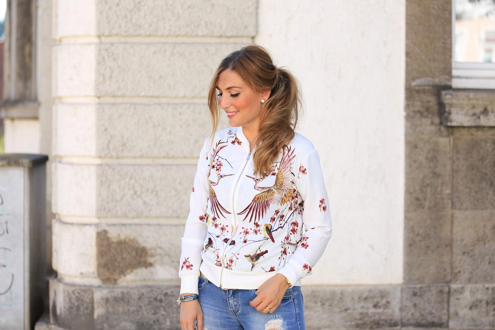 Bomberjacke Blogger - Herbstlook -Fashionblogger aus Deutschland - Deutsche Fashiomnlogger - Lifestyleblogger - Modeblogger - Frankfurt Fashionblogger