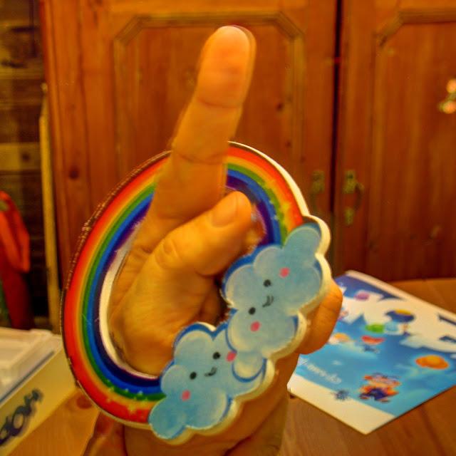 l'arcobaleno infilzato di HOP!