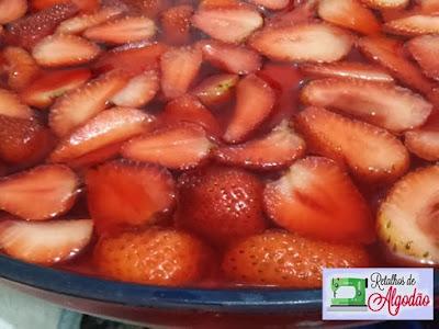 Delícia de morangos, sobremesa maravilhosa para o fim de semana