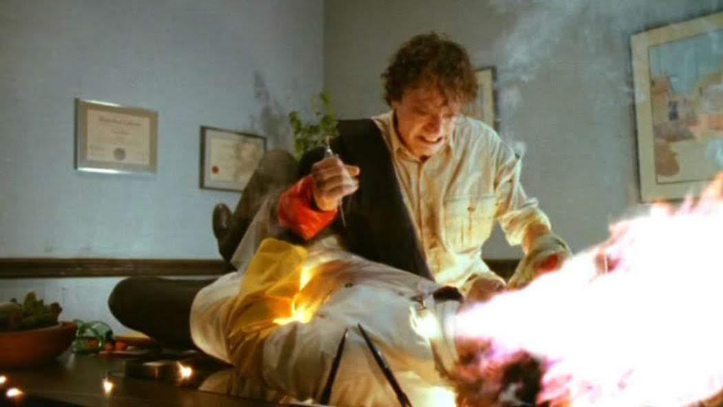 Movie Shopper's Guide - Spontaneous Combustion (1990) : ジャンル系映画の怪優ブラッド・ドゥーリフと故トビー・フーパー監督が組んだカルト的な失敗作「スポンティニアス・コンバッション」の Blu-ray が、今月11月29日に発売 ! !