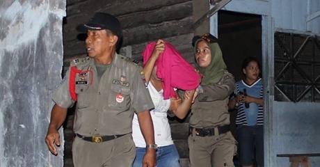 14 Wanita Pemandu Karoke Diamankan Satpol PP Kota Padang