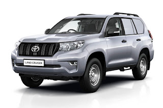 Toyota Land Cruiser Utility Commercial LWB (2018) Front Side