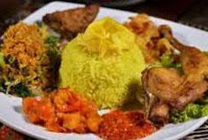 Resep masakan indonesia nasi kuning spesial (istimewa) praktis mudah enak, gurih