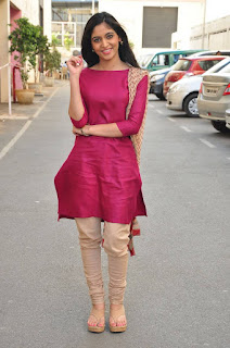 Actress Zahida Sam Pictures in Salwar Kameez at Padesaave Movie Team Interview  0020