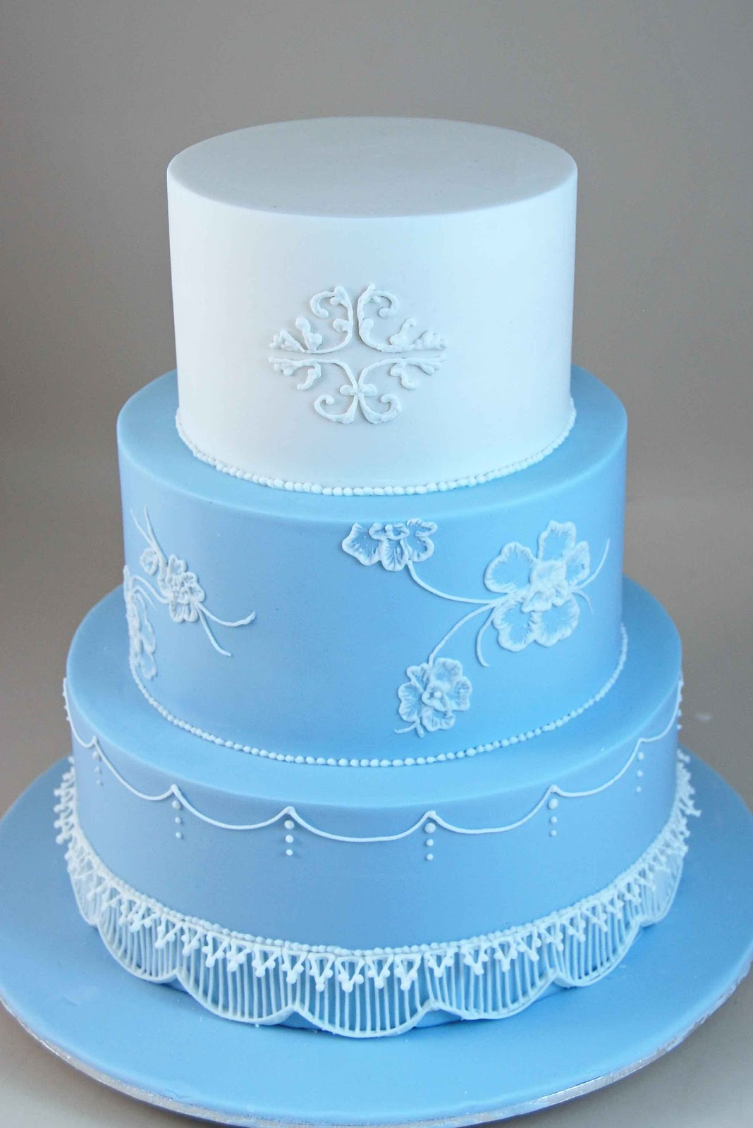 3 Tier Piped Wedding Cake. Advanced Piping ...