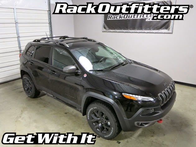 jeep cherokee trailhawk thule black aeroblade edge roof rack 39 14 39 16 rack outfitters. Black Bedroom Furniture Sets. Home Design Ideas