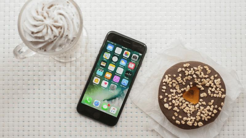 ponsel terlaris apple tahun 2017