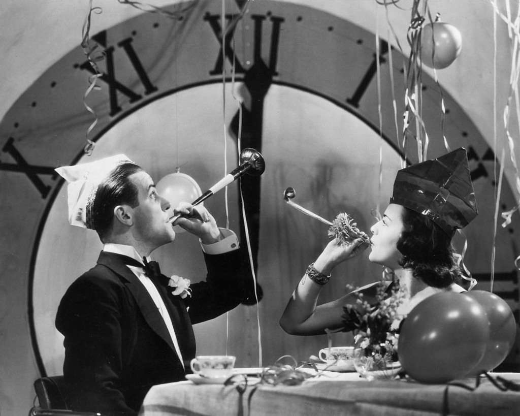30 Fun and Interesting Vintage Photos of New Year\u0027s Eve