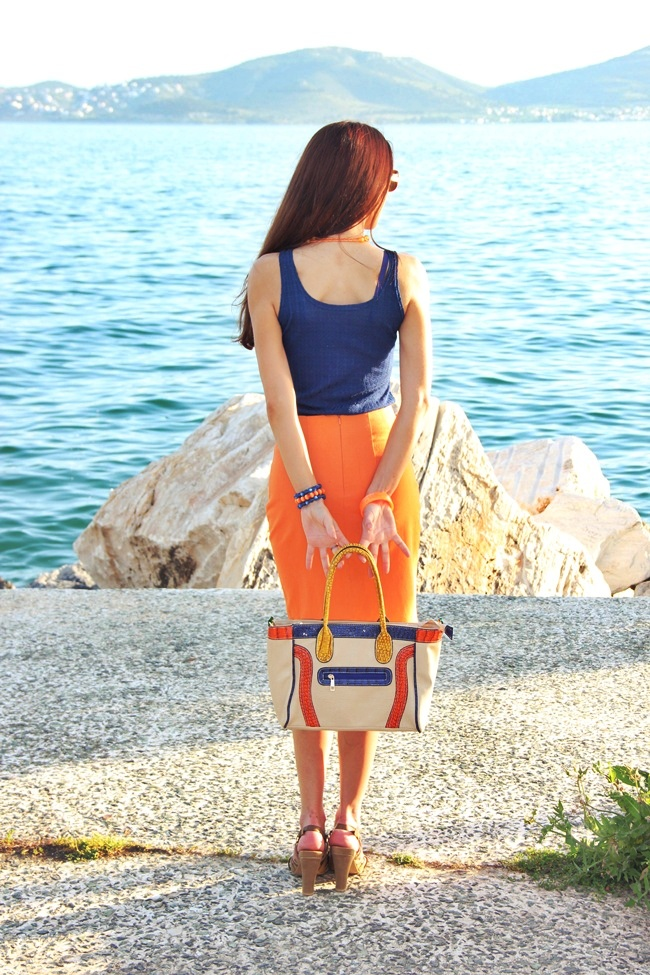 how to wear orange color in the spring and summer