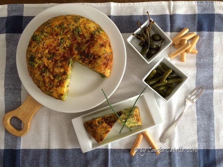 tortilla-brócoli-pimentón-mesa