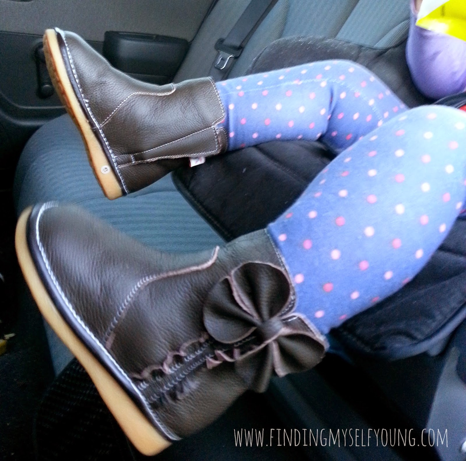 Minnie leather chocolate toddler boots