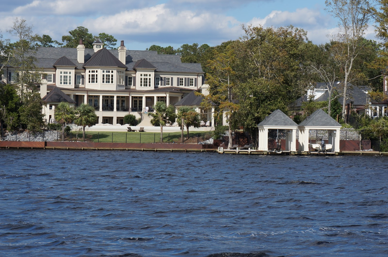 New Bern NC: New Bern Waterfront Homes