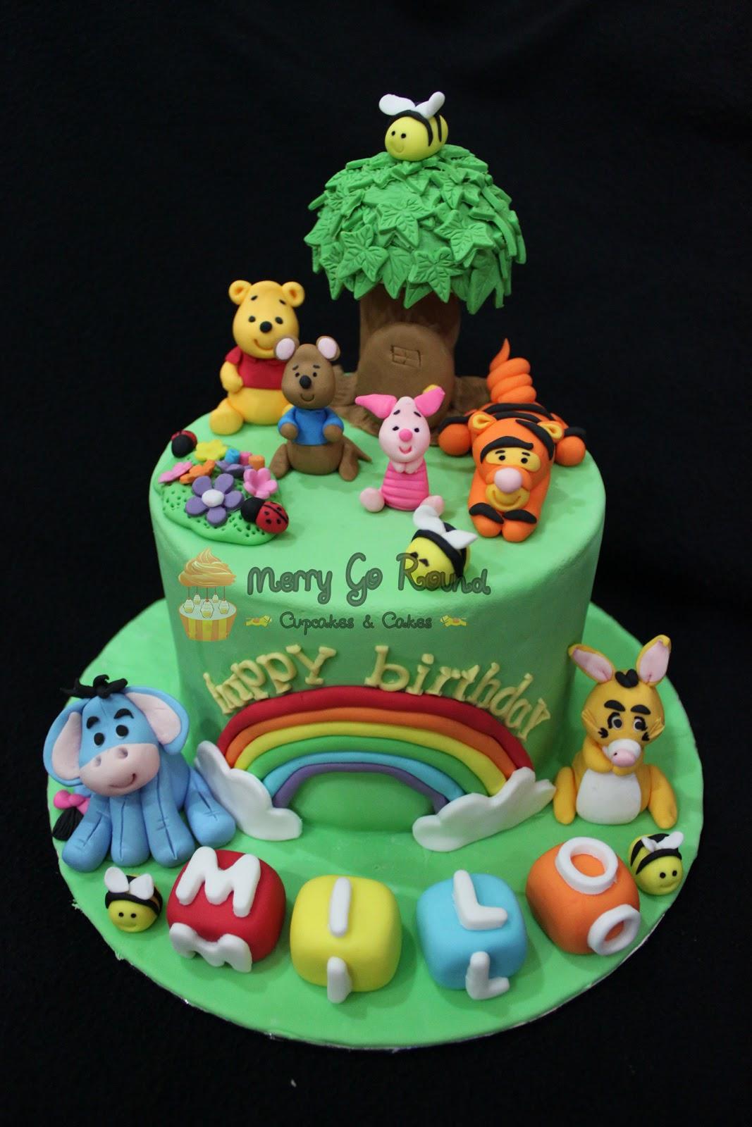 Merry Go Round Cupcakes Amp Cakes Winnie The Pooh