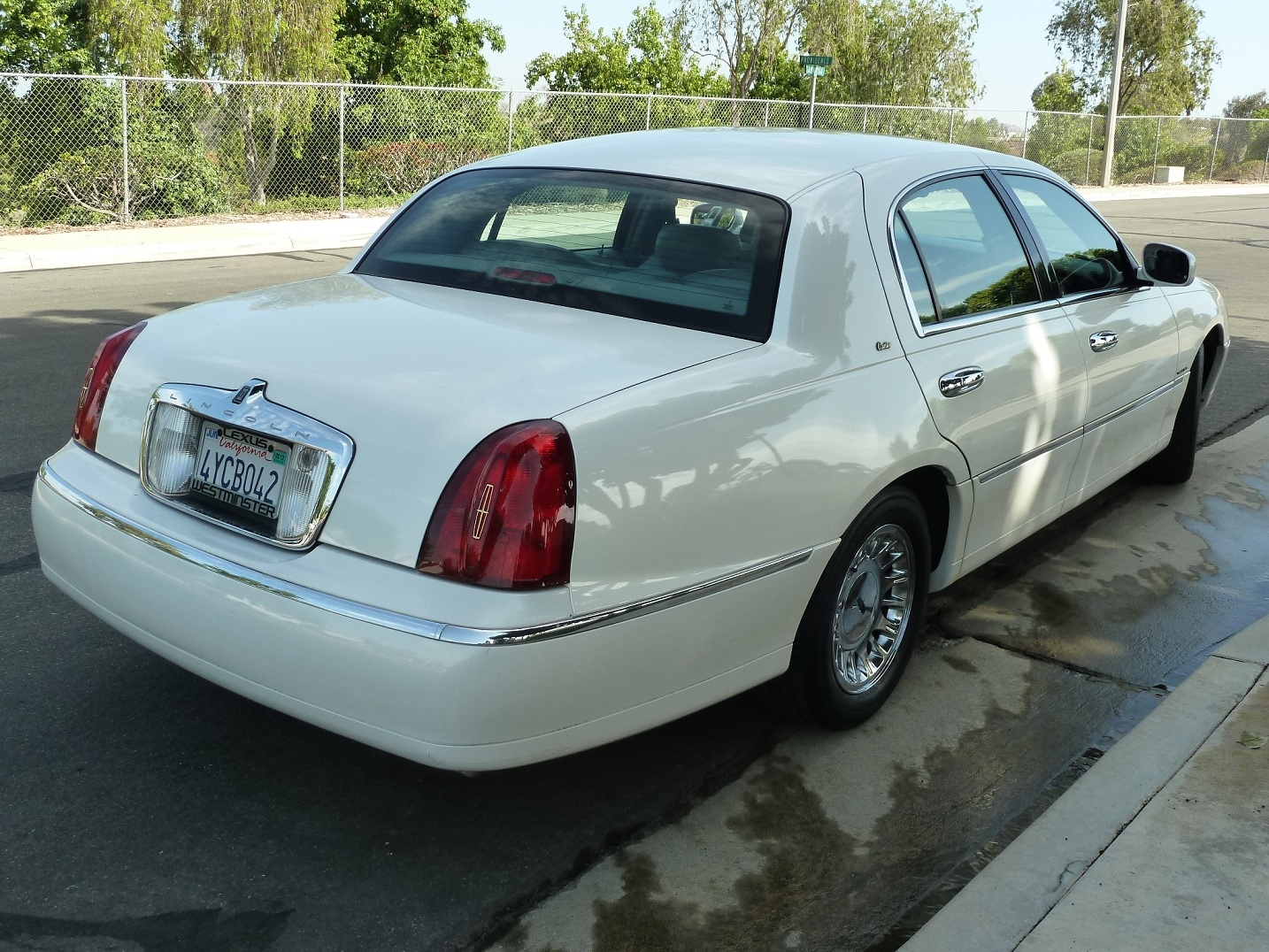 2002 Lincoln Town Car Cartier Inventory