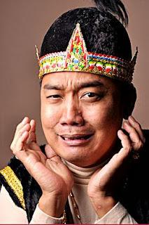 Aziz Gagap Opera Van Java