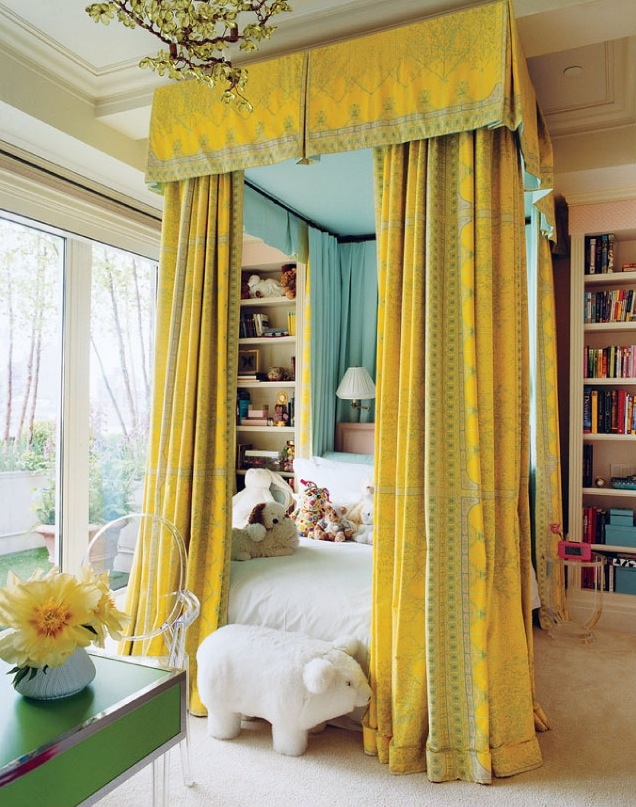 yellow-bed-canopy