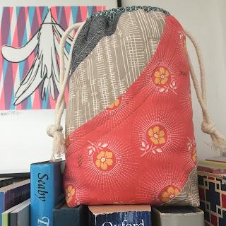 bonnie curves drawstring bag