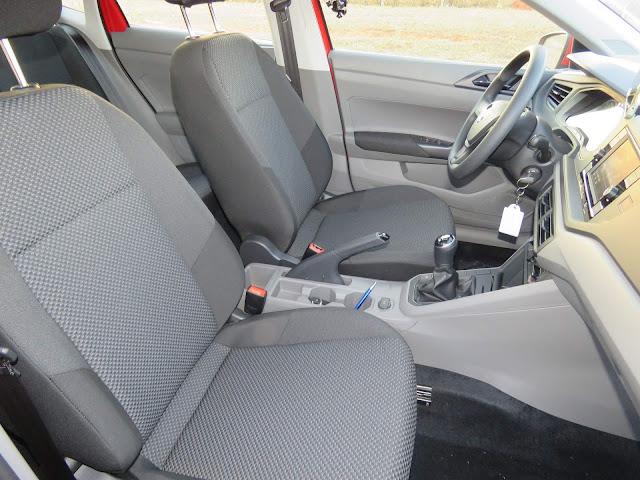 Novo VW Polo 2018 - espaço interno