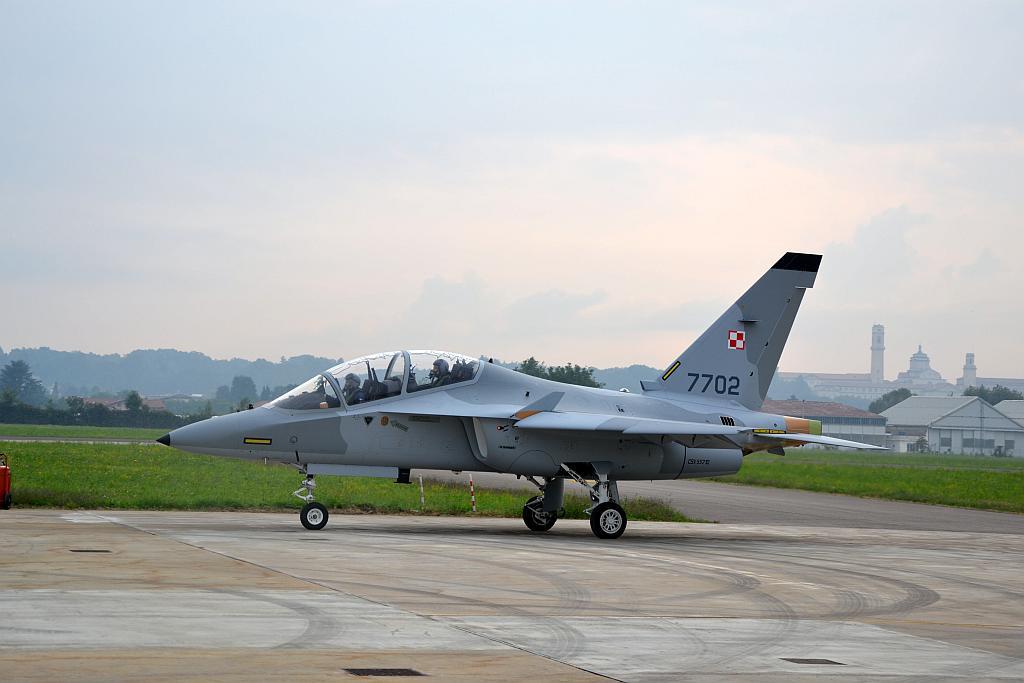 POLAND STARTS PILOT TRAINING ON M-346 BIELIK - Blog Before