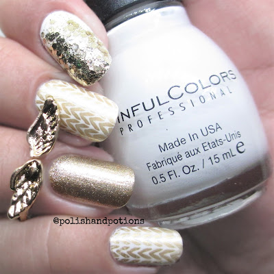 sweater knitted pattern stamped gold and white nail art