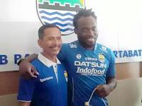Michael Essien Resmi Gabung Persib Bandung