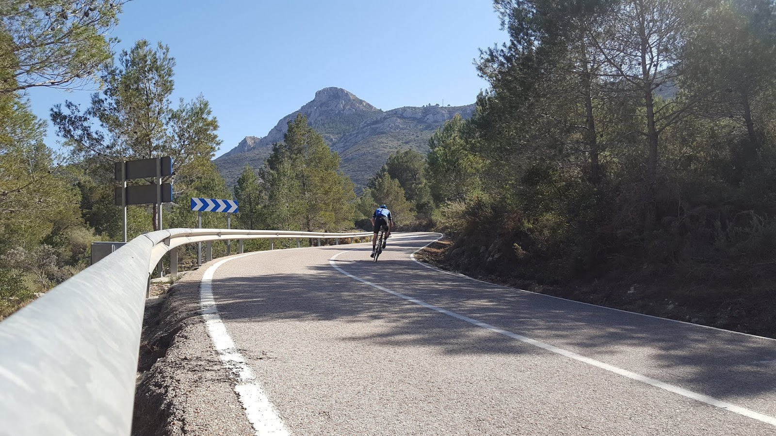 S-bends on northern ascent of Coll de Rates, Alicante
