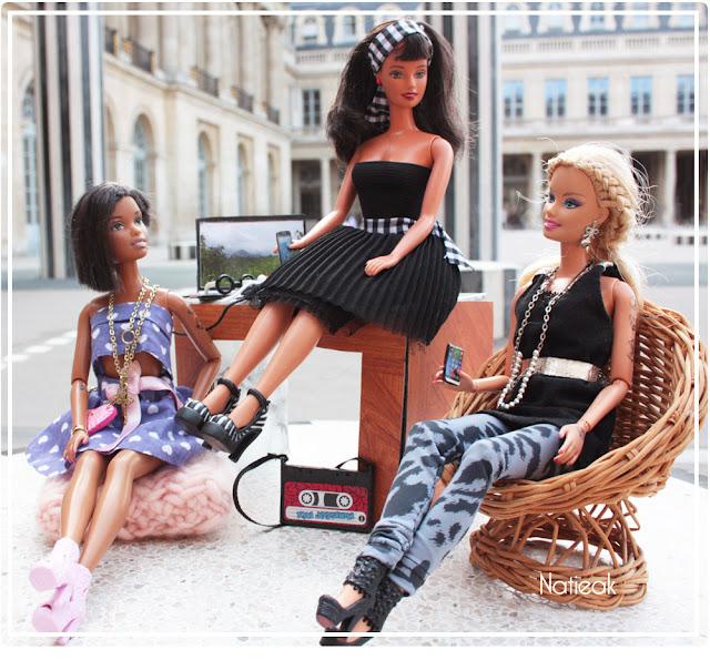 Barbie geek aux colonnes de Buren