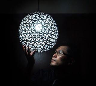 lampara hecha con cartón