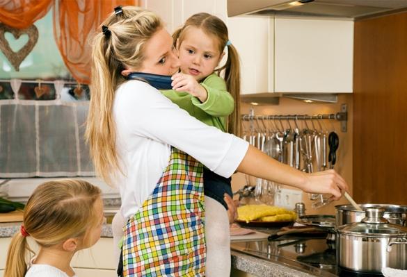 Hasil gambar untuk pembantu rumah tangga