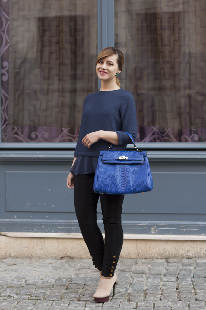 electric blue bag