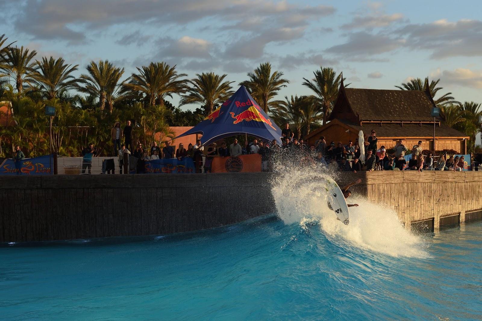 Siam Park Las Américas PRO Tenerife Surf Exhibition