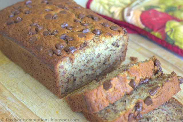 Banana bread with sour cream, banana bread with creme fraiche, very moist banana bread