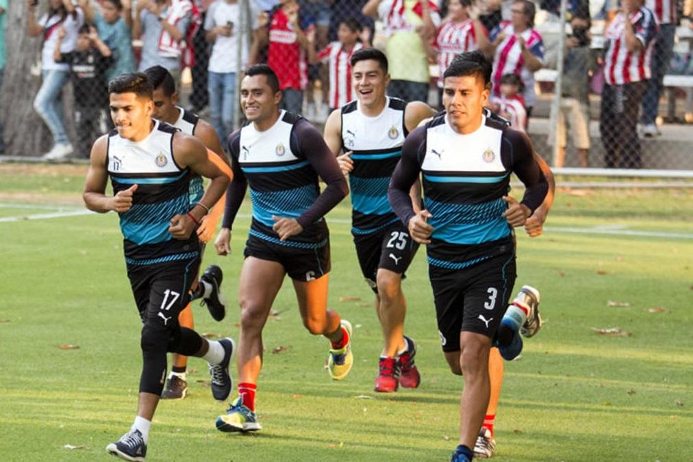 Chivas en el entrenamiento en Verde Valle.
