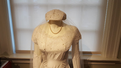 Stella Jeon's wedding gown, upper body view of veil and lace detail