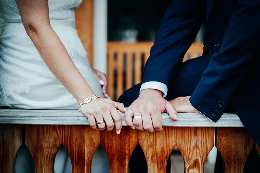 zdjęcia ślubne w Muzeum Wsi Lubelskiej, zdjęcia w skansenie, plener ślubny wieś
