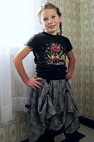 http://indietutes.blogspot.ca/2013/10/dress-to-steampunk-skirt-reconstruction.html