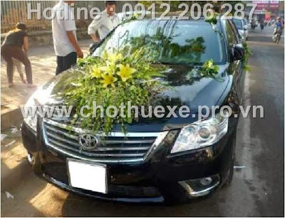 Mẫu hoa xe cưới đẹp giá 1,1triệu XH 057