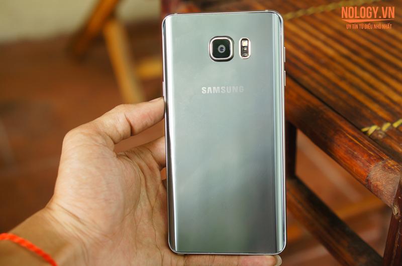 Mặt sau của Samsung galaxy note 5 2 sim