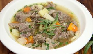 Trik Buat Sup Daging untuk Pemula