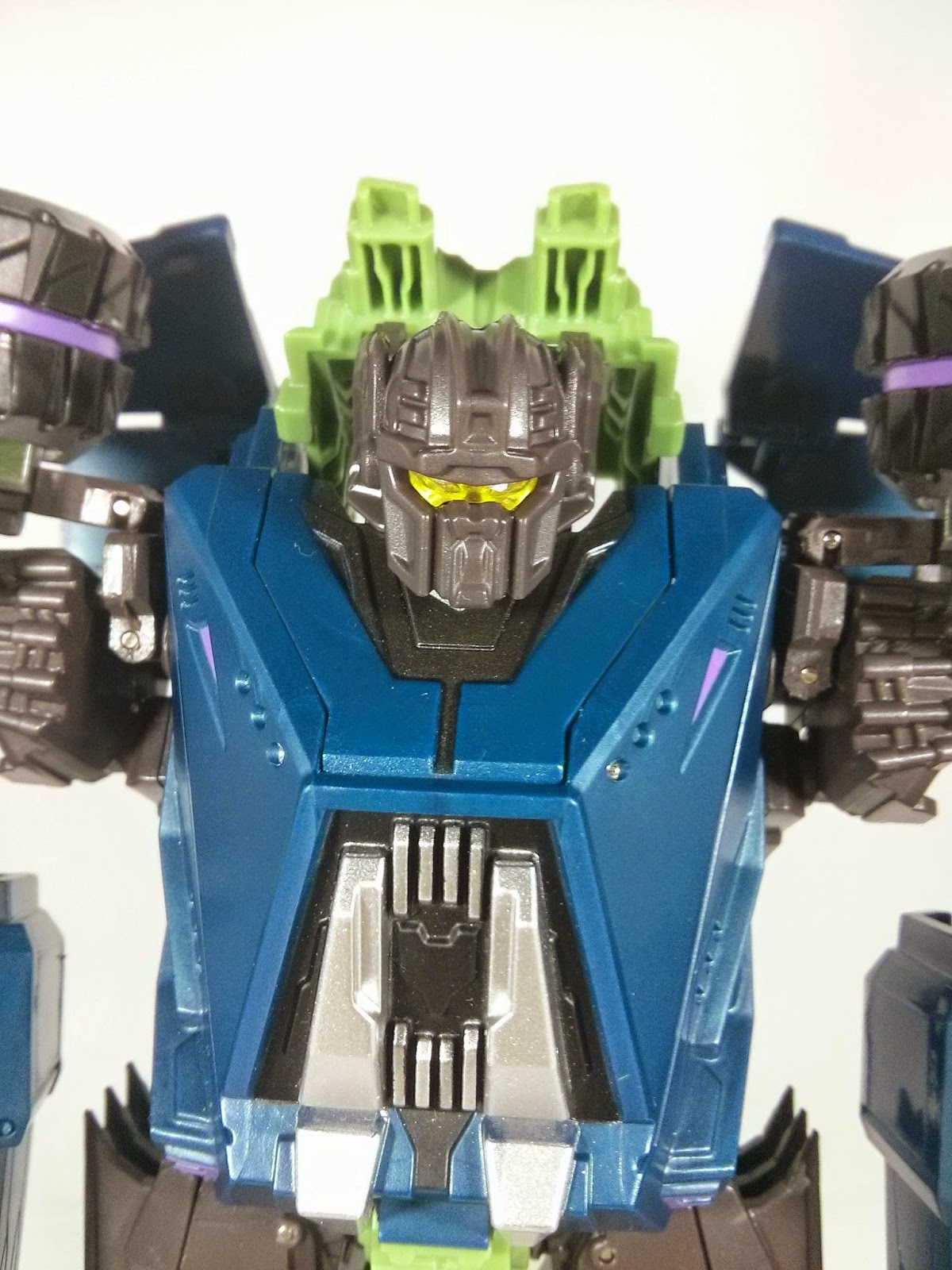 microblaze military titans onslaught head