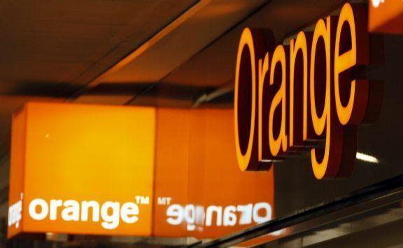 Orange indica que cinco operadores en España es mucho