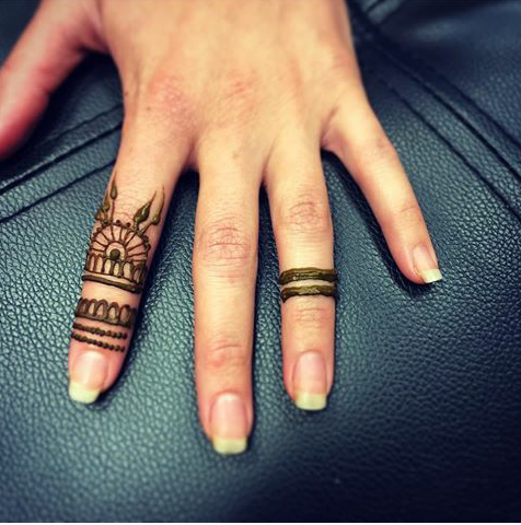 Single Ring Mehndi Designs