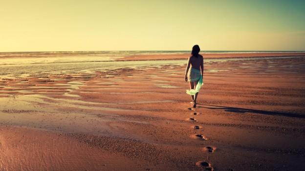 Alone Girls on Beach Desktop Picture