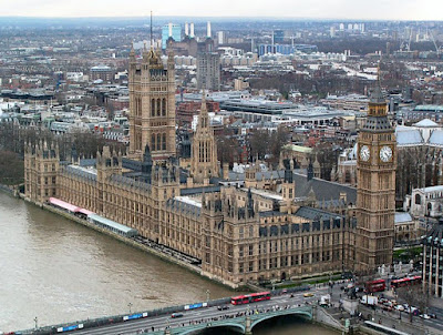 قصر ويستمنستر لندن