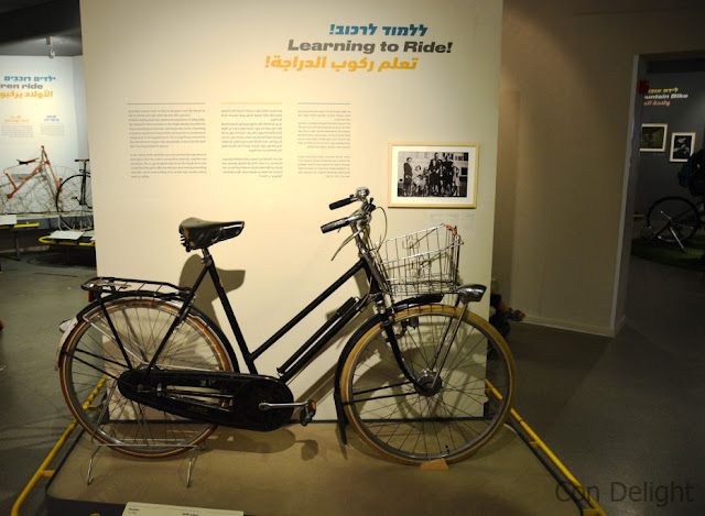 Holland's queen bicycles