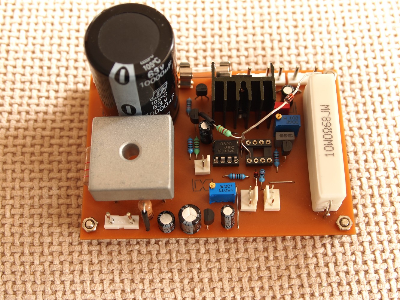 Power Supply Using Lm 317 Lm337 Electronic Circuits And Diagram Diyfan Adjustable Lab Take Two P4 Adjusts The Maximum Output Voltage After Final Adjustment We May Replace Trimmers With Standart Resistors