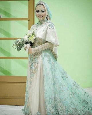 Gaun Kebaya 2017