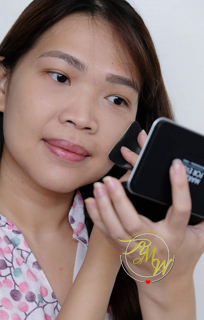 a photo of Make Up For Ever Matte Velvet Skin Blurring Powder Foundation review by Nikki Tiu of www.askmewhats.com